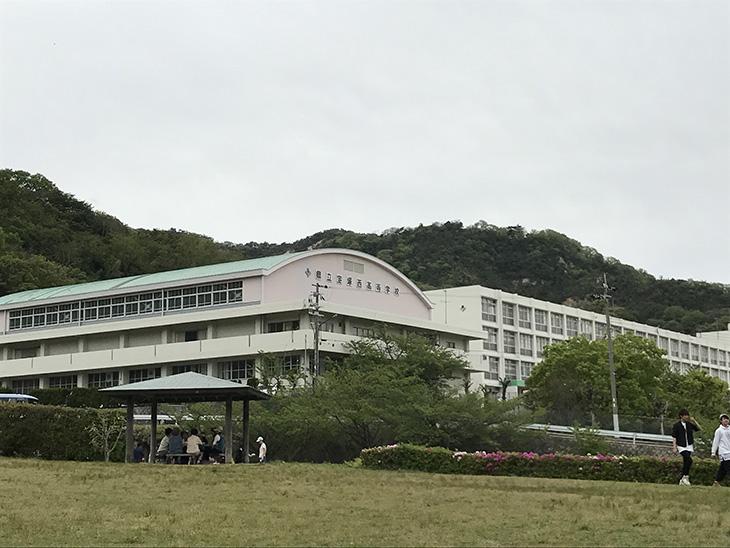 宝塚市立西高等学校