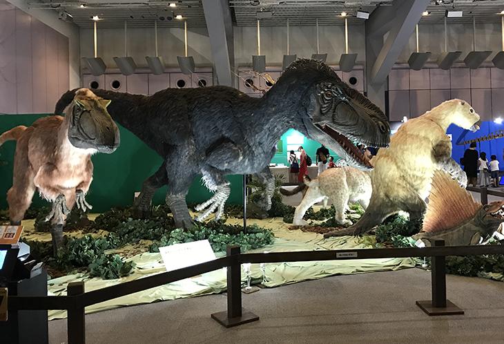 とりあえず恐竜がいっぱい