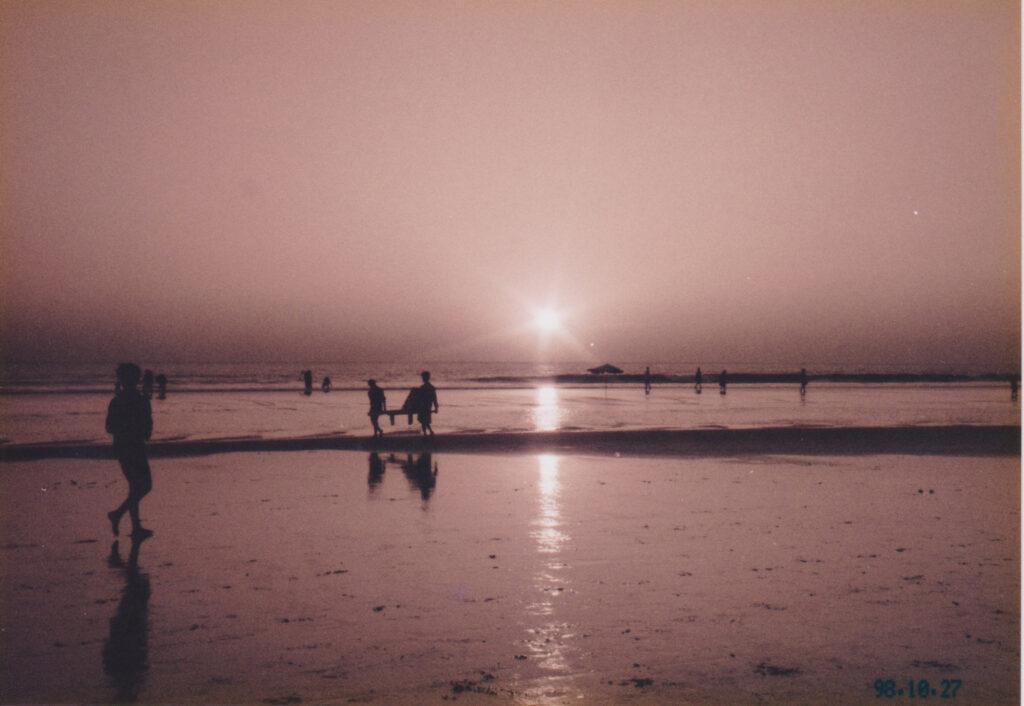 世界最長の天然の砂浜があるコックスバザール