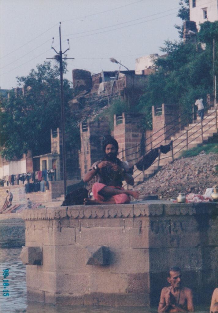インドのサドゥー(修行者)